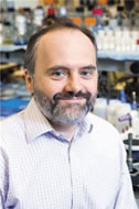 Memorial Sloan-Kettering's Marc Ladanyi and others want to use tumor genetic profiling to match lung cancer patients with the best drug.